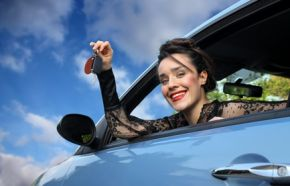 Patente: guida accompagnata a 17 anni